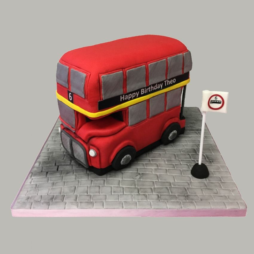 London Routemaster Bus (Feeds 20)